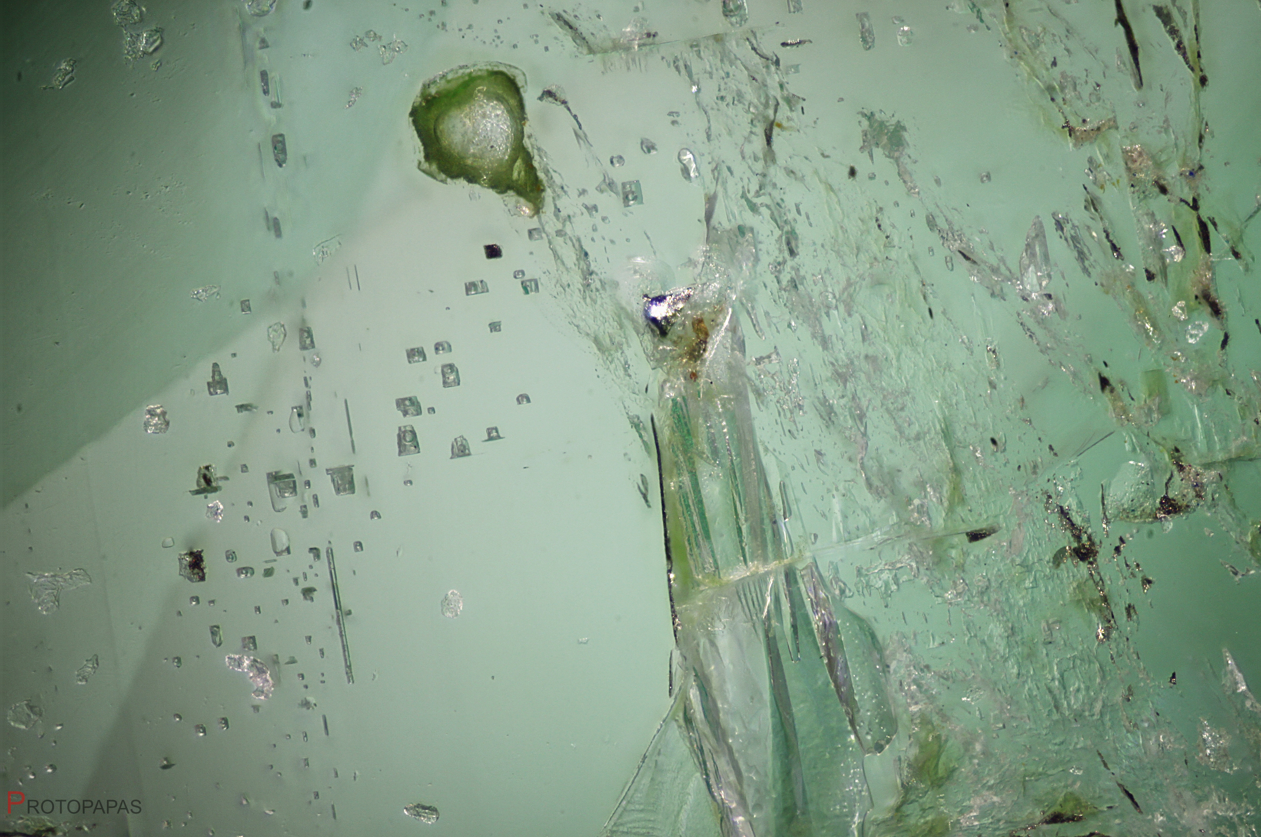 Crystals and biphase inclusions in Emerald from Ethiopia