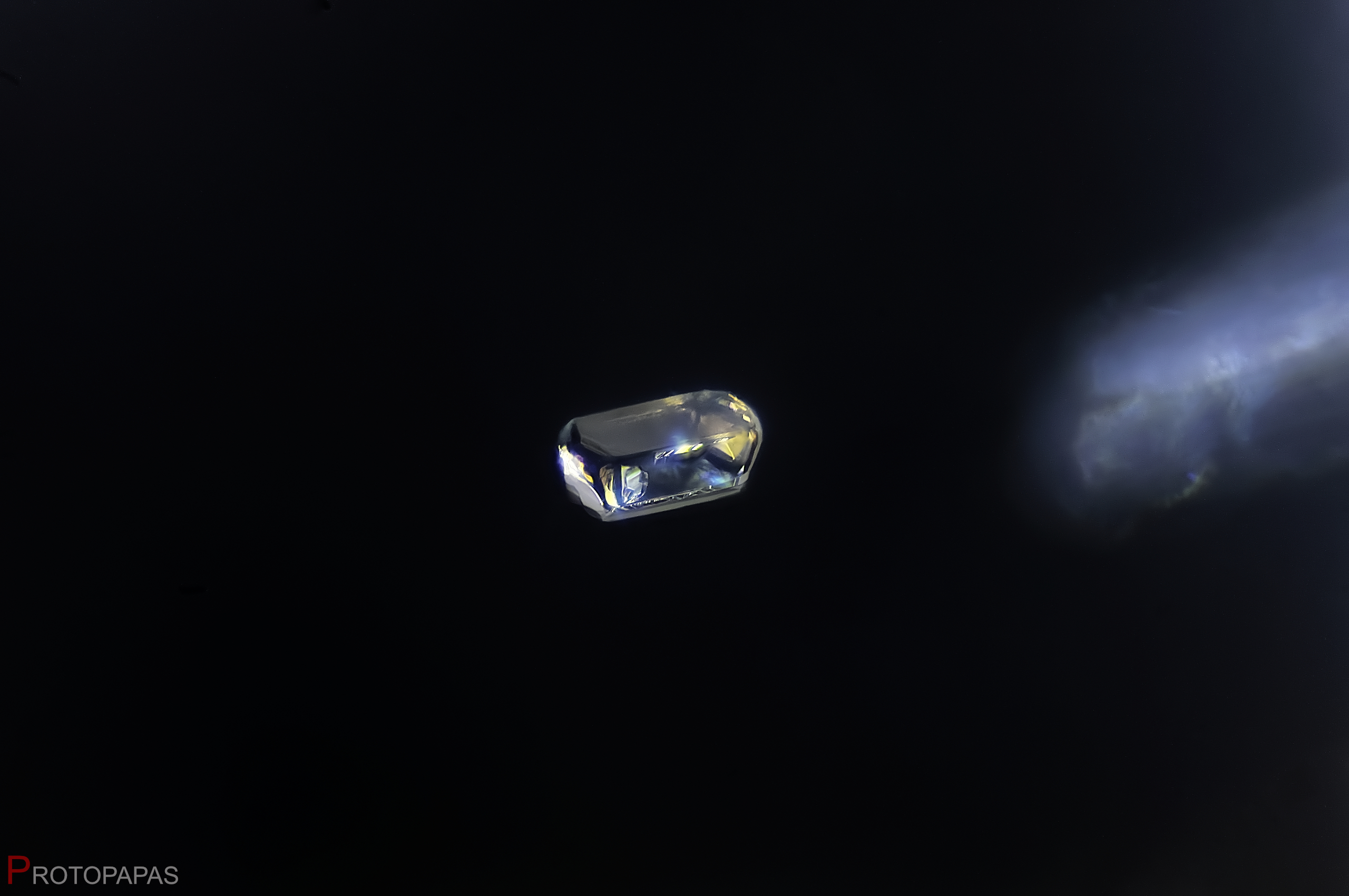 Probably Fluoroapatite crystal with large crystal included in unheated Spinel