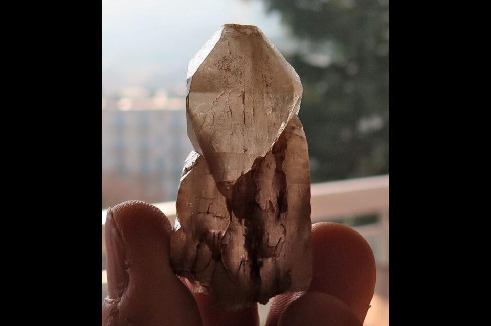 Petalite-crystal-from-katche-mogok-myanmar.-Photo-by-Federico-Barlocher