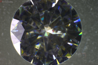 Sharp-edges-grown-structures-and-high-dispersion-in-synthetic-Moissanite.-Photo-by-Protopapas