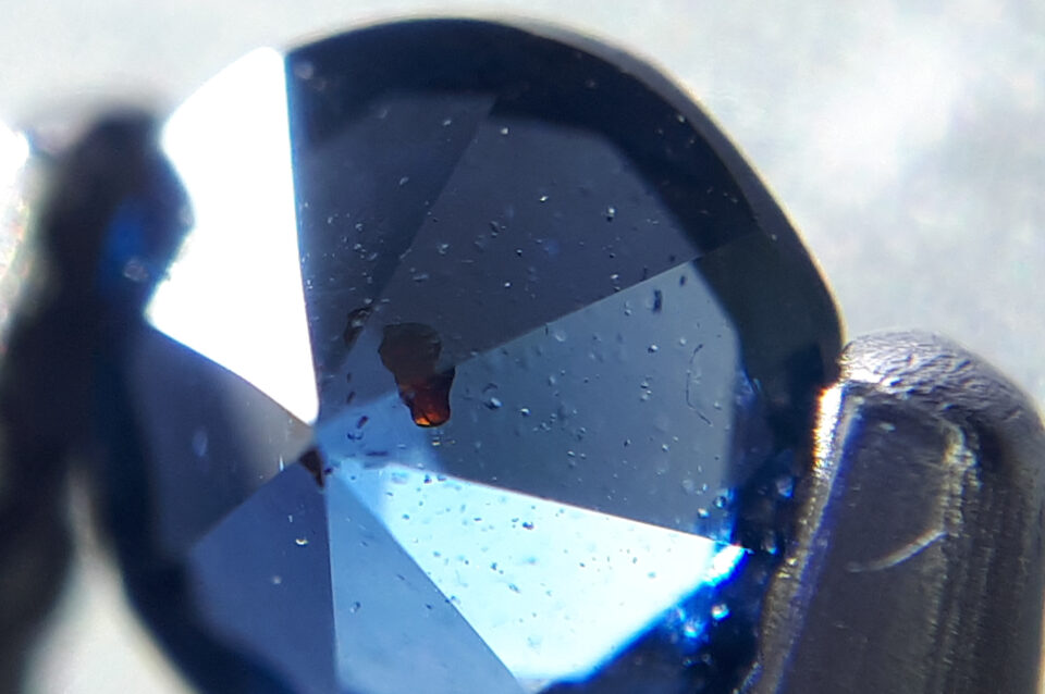 Sphalerite inclusion , Gahnite from Nigeria (1) - Igor Bolotovski