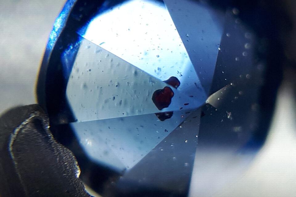 Sphalerite inclusion , Gahnite from Nigeria (2) - Igor Bolotovski