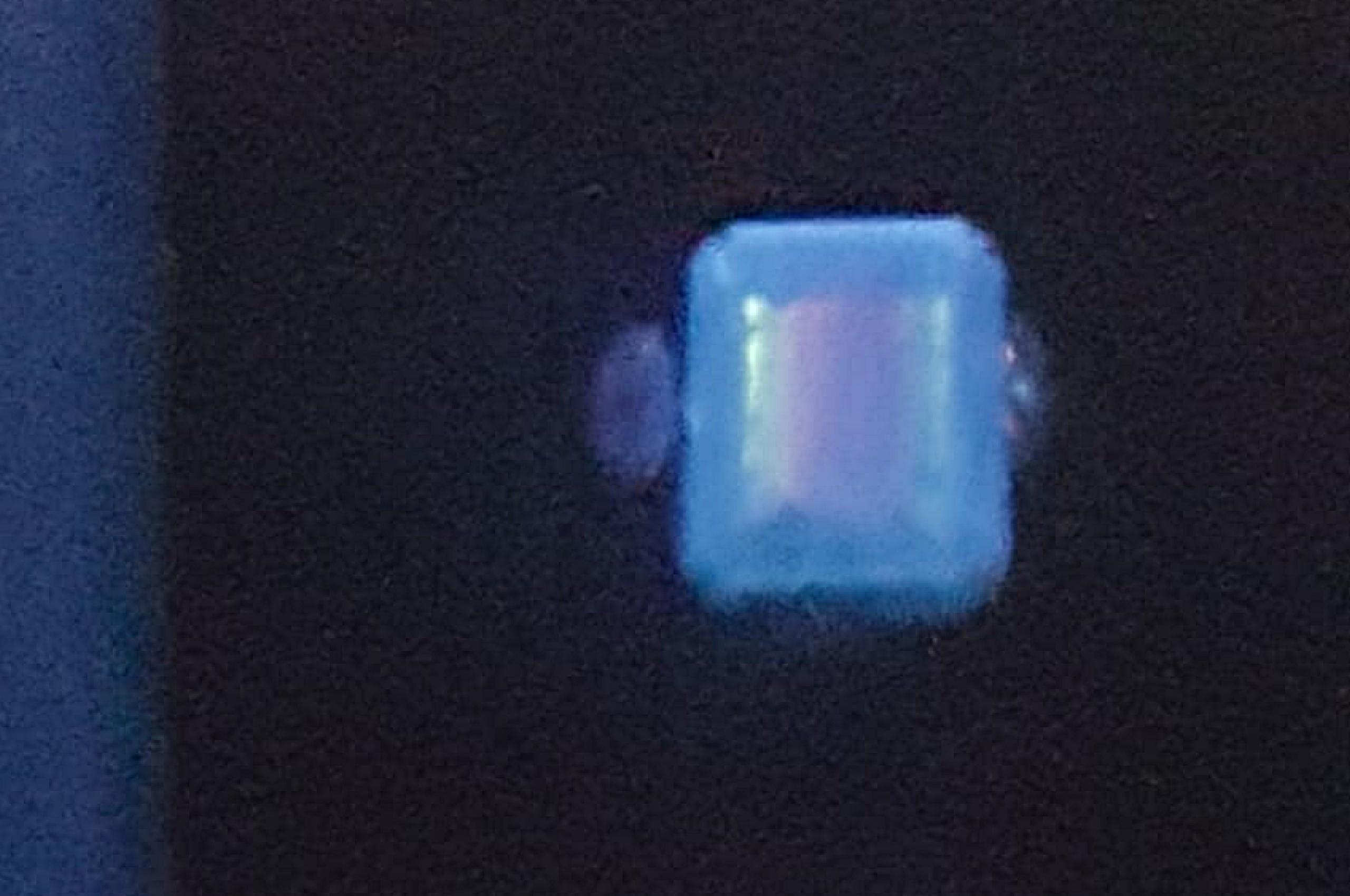 Glass, Imitation of Emerald, Short wave fluorescence. Photo by Fausta Aidala