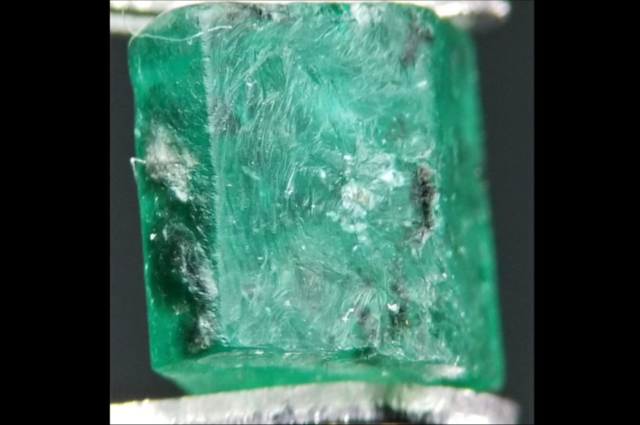 External patterns in rough Emerald from Swat. Photo by Fahad Abbas Sheikh