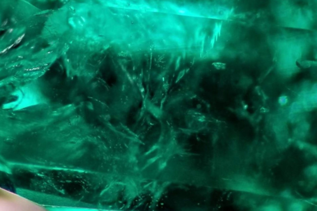 Inclusions in Emerald from Swat. Photo by Fahad Abbas Sheikh